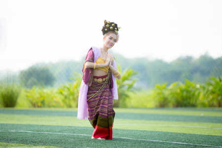 manora: PHAYAO,THAILAND - October 24 : Thai girl performing traditional Lanna dance at public park show the tourist on October 24 2015 in Phayao, Thailand. Editorial