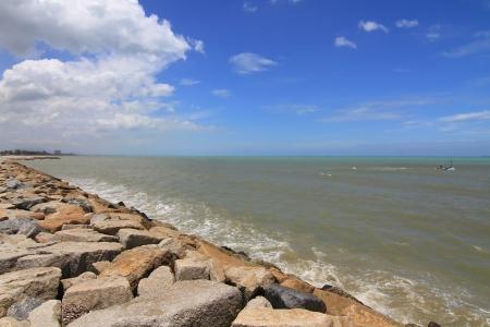 breakwater: Stone rompeolas