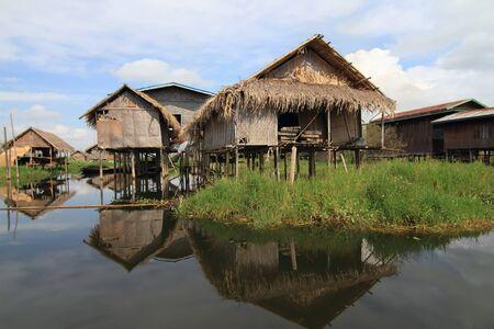 pile dwelling: Houses at Inle lake, Myanmar