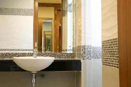 inter beautiful bathroom Stock Photo - 20959484