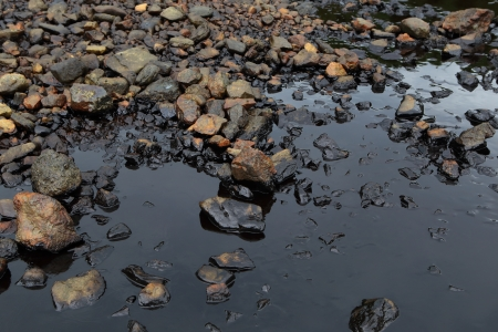 oil spill: Marea nera in riva al mare