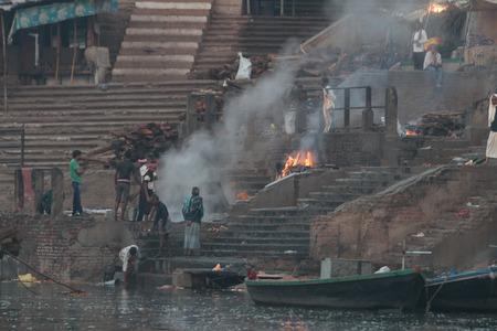バラナシ、インド - 3 月 17 日: バラナシ、別名 Benaras は世界で最古の都市とインドの神聖な市。2015 年 3 月 17 日インド、ウッタル ・ プラデーシュ州 報道画像