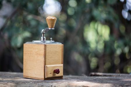grinder: Coffee grinder and coffee beans