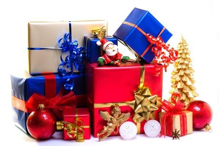 caja navidad: Cajas de regalo de Navidad decorado para la Navidad Foto de archivo