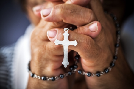 rosary beads: Praying with a rosary