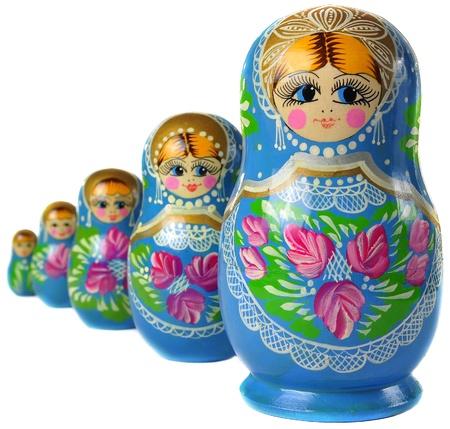 matryoshkas: Mu�eca rusa de Matrioska, al lado de Foto de archivo