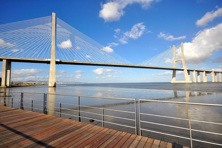 lisbonne: Vasca da Gama Bridge in Lisbon, Portugal. Stock Photo