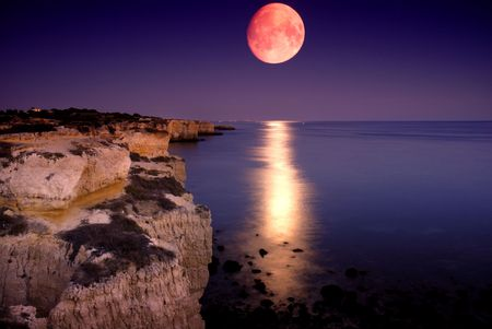beach at night with full moon at the south of portugal Stock Photo - 2968934