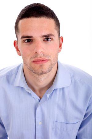 casual jongeman portret in een witte achtergrond