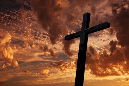 almighty: Croce silhouette con il tramonto come sfondo