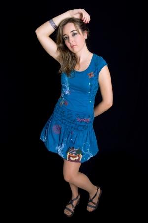 mujer cuerpo completo: una joven mujer hermosa foto de cuerpo completo, estudio