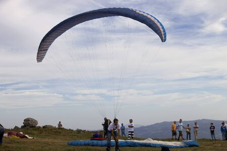 parapendio: Paragliding AbouaAboua Festival, in the north of Portugal, September 22, 2012, Caldelas, Portugal.