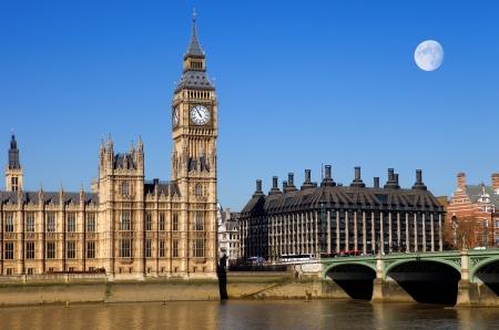 London view, Big Ben, Parliament, bridge and river Thames Standard-Bild