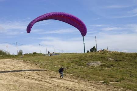 parapendio: Paragliding Aboua Cup, in the north of Portugal, October 13, 2012, Caldelas, Portugal.