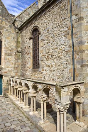 st malo: st malo cattedrale nel nord della Francia Editoriali