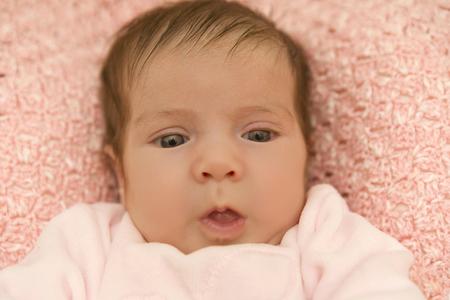 gente feliz: joven retrato del bebé, estudio de imagen Foto de archivo