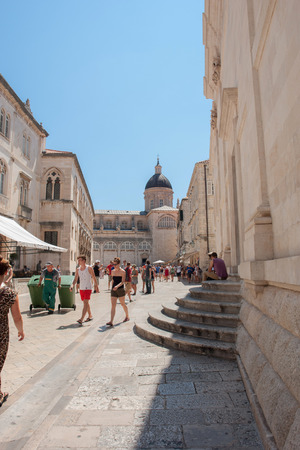 former yugoslavia: Unidentified tourists in the Old town of Dubrovnik, Croatia.