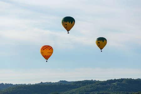 Beynac et Cazenac, Dordogne, France: Hot air balloons flying over Dordogne in southwestern France
