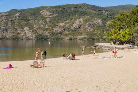 Lago de Sanabria, Spain: People at the lake de Sanabria, Castilla y Leon, Spain
