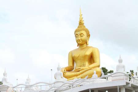 bouddha: Or statue du Bouddha  Banque d'images