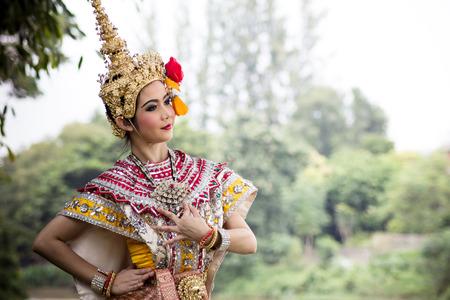 thai culture: Thai Traditional Dance.