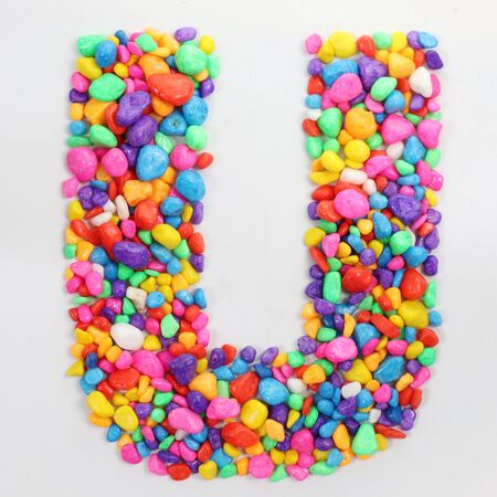 literally: Colored stones arranged in a letter U.