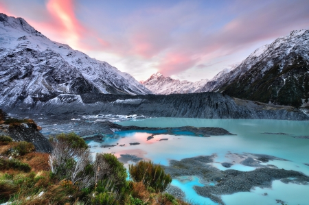 Sunset at Mueller Glacier Aoraki Mt Cook National Park, South  Фото со стока