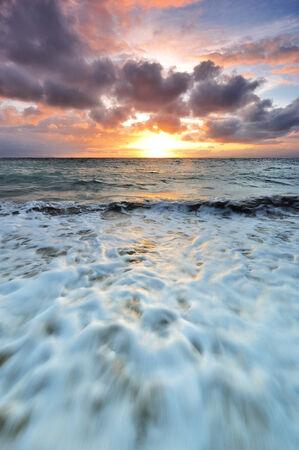 sanur: Sanur beach at sunrise in Bali island, Indonesia