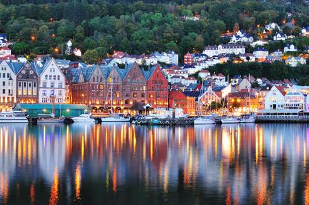 Bergen night scenery, Norway Imagens