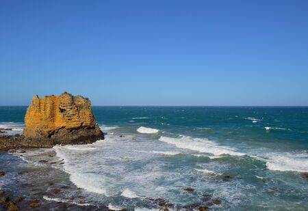 inlet: Table Rock in Eagle Point Marine Sanctuary, located at Aireys Inlet on the Great Ocean Road, Victoria, Australia. Stock Photo