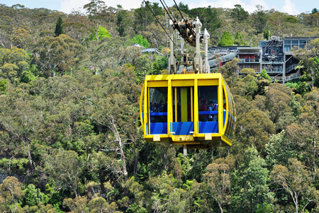 national parks: KATOOMBA, AUSTRALIA - OCTOBER 20, 2015: The Scenic cable car in Blue Mountains, Australia. It also known as the Scenic Skyway, its an experience not to be missed in Blue Mountains region. Editorial