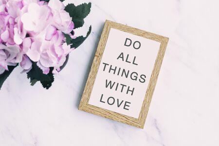 Inspirational Quotes - Do all things with love Imagens