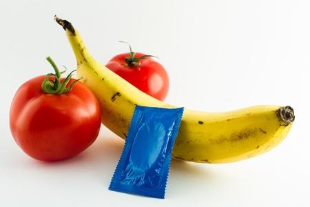 Condom next to a banana stands for safe sex