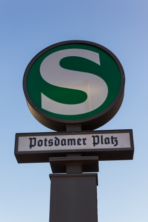 S-Bahn sign at Potsdamer Platz station in downtown Berlin with the station Standard-Bild