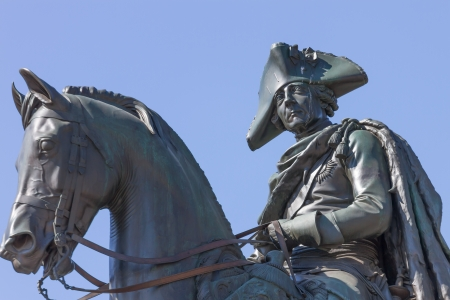 Sculpture of king Frederick the Great of Prussia riding on a horse Standard-Bild