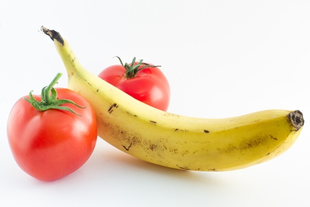 A banana and two tomatoes symbolizing an erected penis and testicles