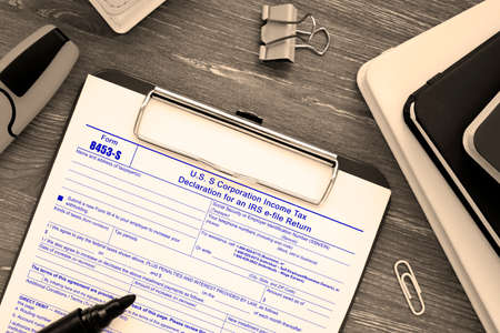 Form 8453-S U.S. S Corporation Income Tax Declaration for an IRS e-file Return sign on the page.