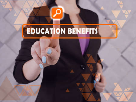 EDUCATION BENEFITS text in search bar. Modern Banker looking at cellphone. Stockfoto