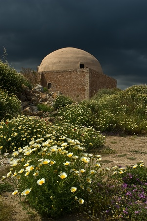 fortezza: The Ibrahim Han Mosque in Rethymno placed in the middle of the Venetian Fortezza - Crete, Greece. Stock Photo