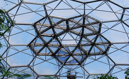 eden: The hexagons and pentagons that interconnect to form the domes of the Eden Project. Each of these is a transparent cushion made of tough plastic. Stock Photo