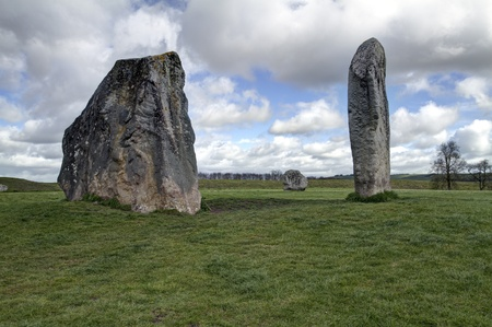 standing stones: The Avebury ring is the oldest stone ring that is known to be in existence anywhere in the world  2500BC Stock Photo