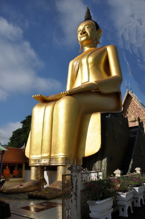 The big statue buddha at Wat Sriroi Angthong Thailand Stock Photo - 16645929