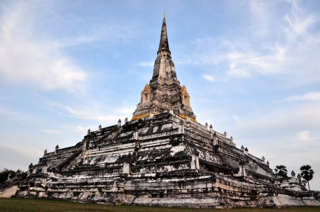The Big Pagoda at Wat Phukhutong Temple Ayutthaya Thailand Stock Photo - 17530873
