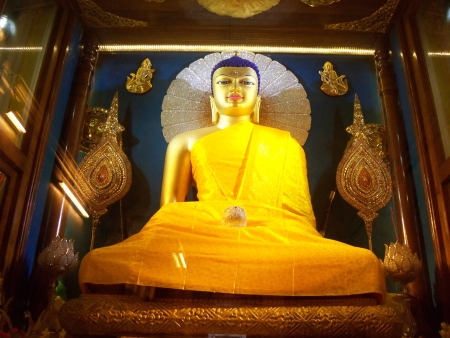 BUDDHA AT MAHABODHI TEMPLE  Stock Photo - 14974202