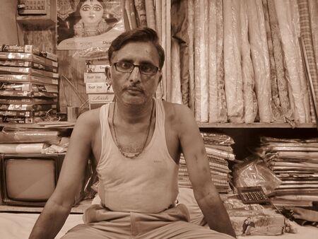 bihar: SMALL TIME MERCHANT, SHOT AT PATNA, BIHAR, INDIA, 9.12.12 0704PM