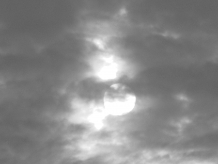 stupendous: sun shot in black and white
