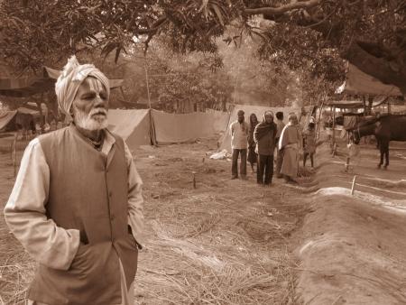 MAN WAITING AT FAIR.SHOT DURING MORNING HOURS ON 02.12.12 AT SONEPUR FAIR, SONEPUR, BIHAR, INDIA. Stock Photo - 17228510