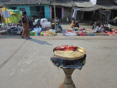 sonepur fair: FOOD FOR SELL.SHOT DURING AFTERNOON HOURS ON 02.12.12 AT SONEPUR FAIR, SONEPUR, BIHAR, INDIA. Editorial