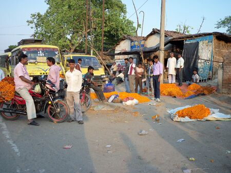 bihar: UNIDENTIFIED PEOPLE AT FLOWER MARKET. SHOT DURING AFTERNOON HOURS ON MARCH 31, 2013 IN PATNA, BIHAR, INDIA.