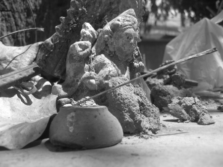 meant: HINDU IDOL MEANT FOR WORSHIP UNDER A PEEPAL TREE